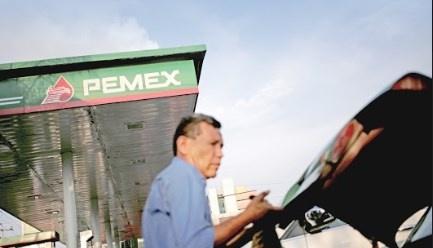 Dan 5 mil mdd más a Pemex, ya suman 10 mil