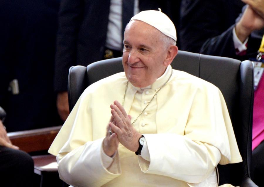 Papa convoca a líderes mundiales a trabajar en convenio de educación