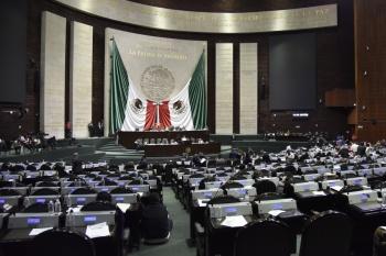 Bloquea CNTE nuevamente accesos a Cámara de Diputados
