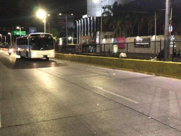 Retiran policías federales el bloqueo que mantuvieron en Circuito Interior