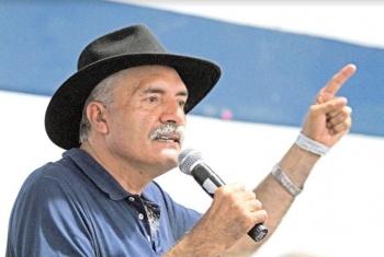 Senado pide a jefe del ejecutivo remoción de Mireles del Issste