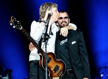 Ringo Starr y Paul McCartney unen sus voces para cantar tema de John Lennon