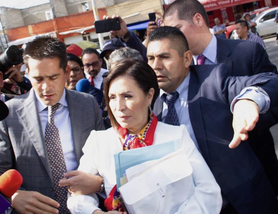 Hackean teléfono de Rosario Robles, acusan