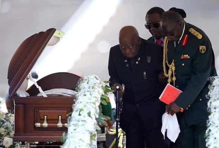 Zimbabue se despide de el expresidente Robert Mugabe