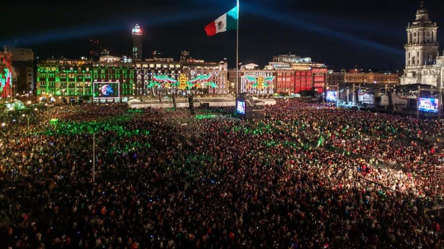En vivo: AMLO da el Grito desde Palacio Nacional