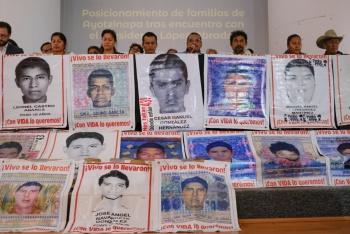 Van contra funcionarios omisos en caso Ayotzinapa