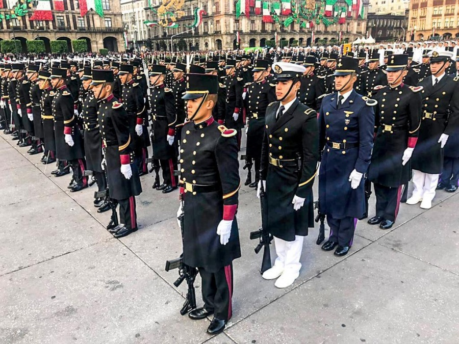 Culmina desfile cívico militar; estuvo la Guardia Nacional