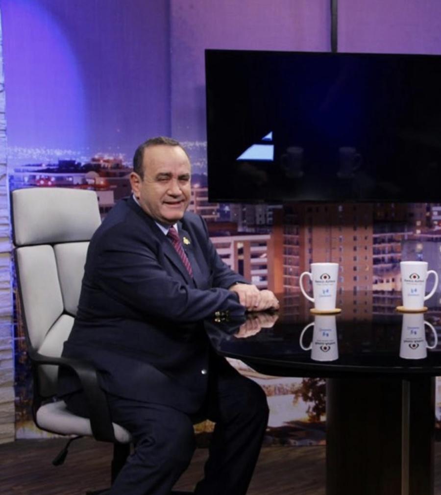 Esta semana en Yucatán, se reunirá AMLO y presidente electo de Guatemala