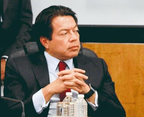 Por glosa, acude Herrera a comparecer a San Lázaro