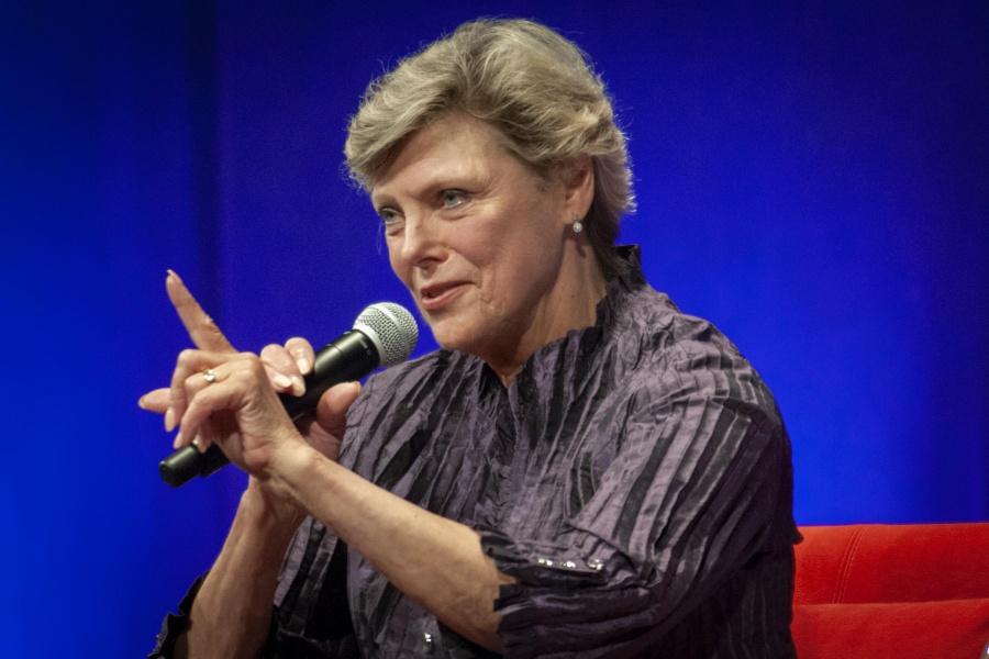 Muere Cokie Roberts, destacada periodista estadounidense