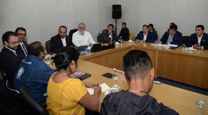 Ángel Aguirre Rivero acude a la Secretaría de Gobernación para hablar sobre Ayotzinapa