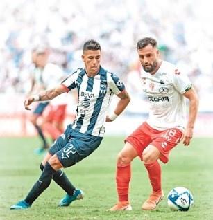 Tras 16 años, Necaxa regresa a la cima y Chivas salva a Boy