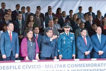 Barbosa conmemora a la Independencia de México