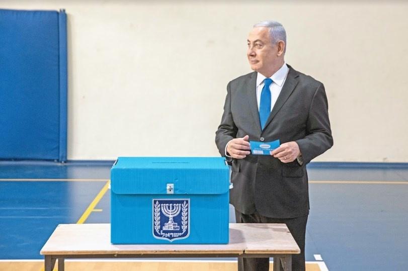 Netanyahu busca apoyo de 28 más para mandar