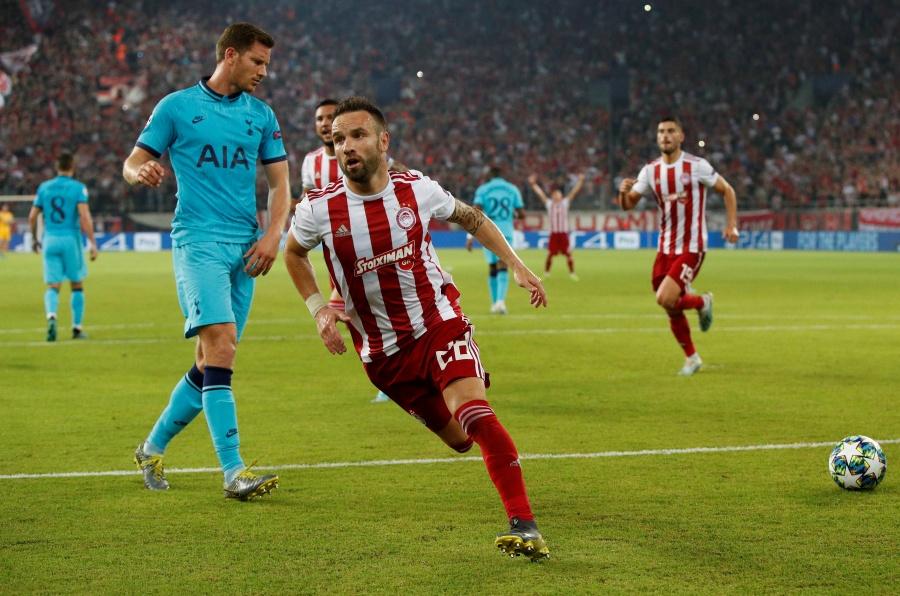Tottenham deja escapar el triunfo ante el Olympiacos en la Champions
