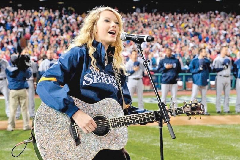 Por primera vez una mujer canta en estadio inaugural de la NFL