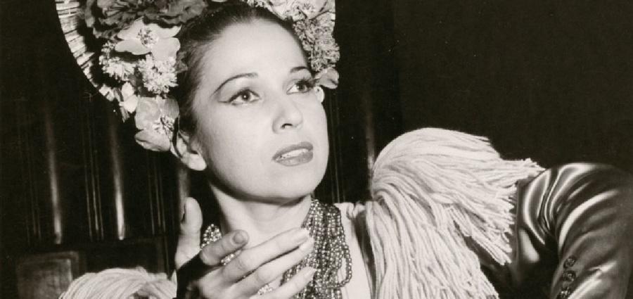 Recibe Amalia Hernández Jaguar Internacional de las Artes