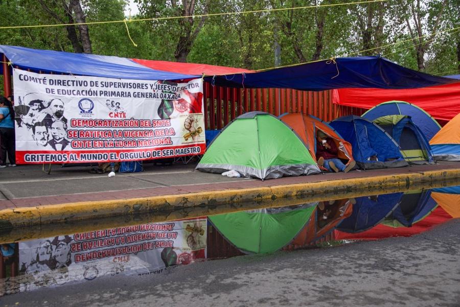 La CNTE está en su derecho de manifestarse, dice López Obrador