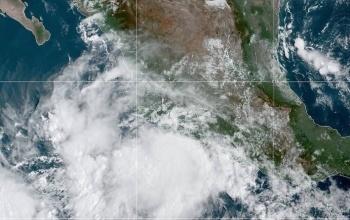 Activan Alerta Naranja en Michoacán, Guerrero y Jalisco por tormenta Lorena