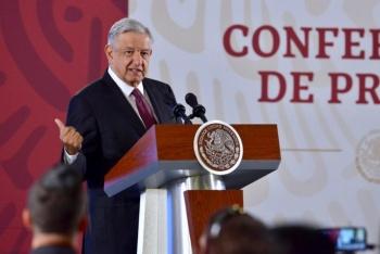 """Califica López Obrador de """"irracional"""", el comentario de piloto de Interjet"""