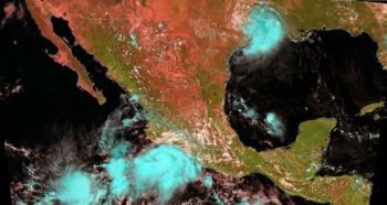 """""""Lorena"""" se fortalece; tocará tierra en Jalisco y Colima"""