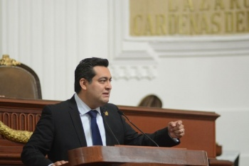 PAN pide agravar penas por maltrato animal en la CDMX