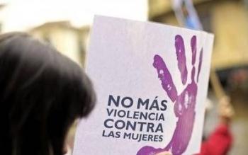 Critican negativa a protección de mujeres