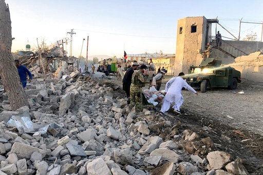 Ataque suicida deja al menos 20 muertos en Afganistán