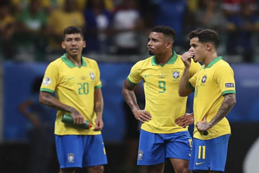 Brasil y Uruguay bajan un peldaño en el ranking de FIFA