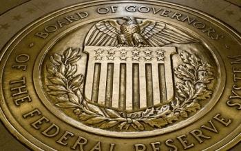 La FED baja su tasa de interés, el peso pierde