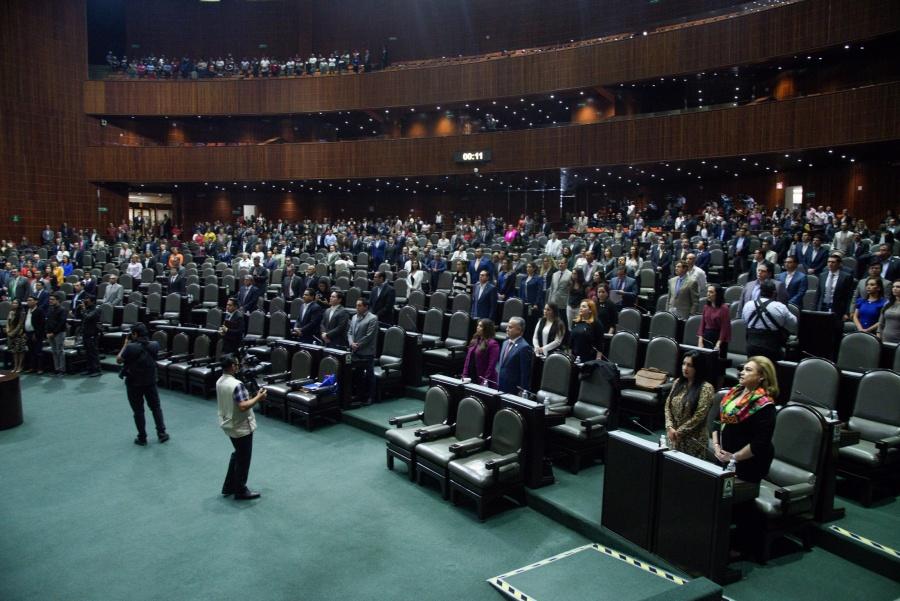 Diputados aprueban Ley General del Sistema para la Carrera de Maestros