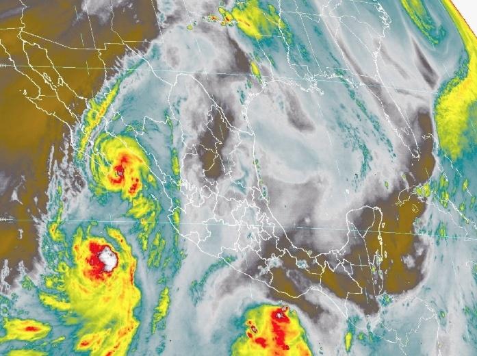 """Emiten alerta roja en Los Cabos por el huracán """"Lorena"""""""