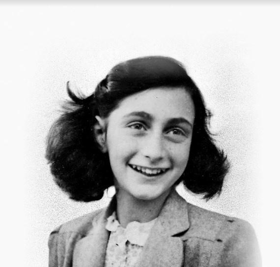 Con homenaje a Ana Frank y Primo Levy, arranca Feria Del Libro Judío