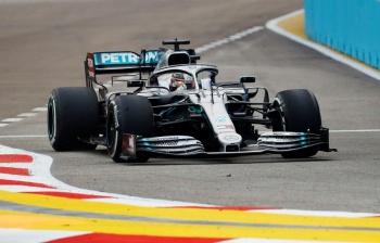 Hamilton supera a Verstappen en prácticas para GP Singapur