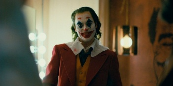 Abandona Joaquín Phoenix entrevista por polémica acerca del personaje de Joker