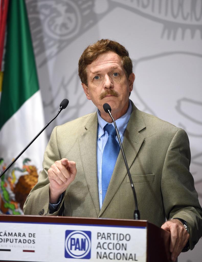 El GPPAN presentará recursos legales contra leyes secundarias en materia educativa: Romero Hicks