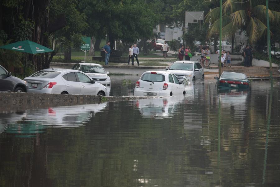 Tormenta causa afectaciones en Villahermosa
