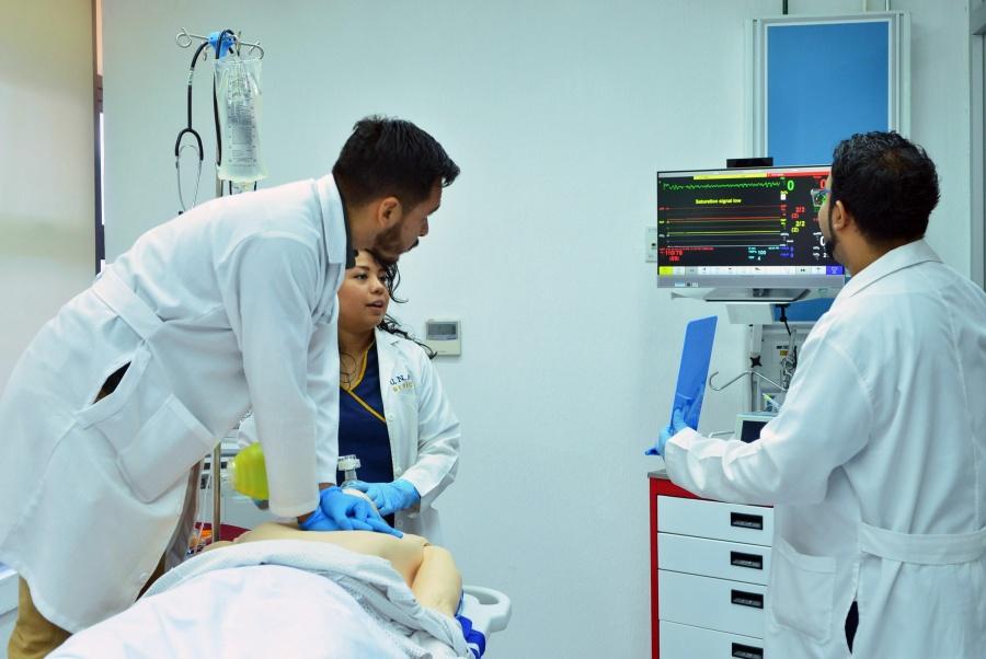En una semana, convocatoria para contratación de médicos: AMLO