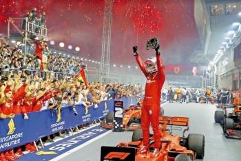 Sebastián Vettel regresa al pódio tras un año sin victoria