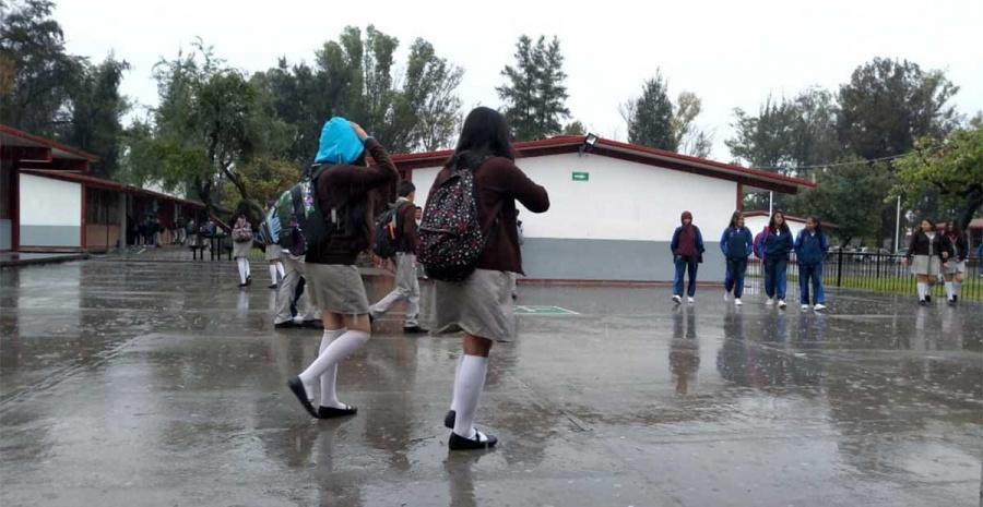 Suspenden clases en Sonora por fuertes lluvias