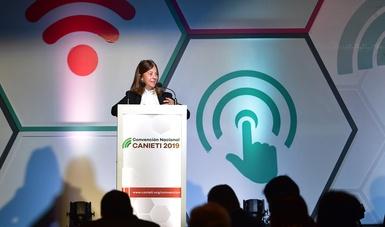 Trabaja la SCT en estrategia para la inclusión digital de México