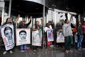 Exhortan diputados a FGR reencauzar investigación del caso Ayotzinapa