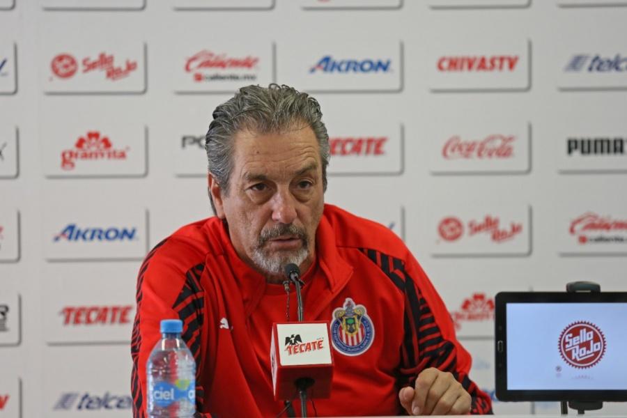 Tomás Boy queda fuera de Chivas previo al Clásico