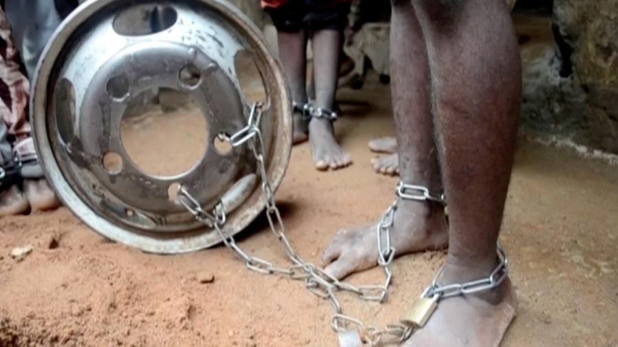 Liberan en Nigeria a 300 niños