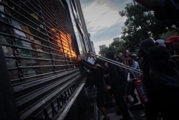 Exigen fincar responsabilidades por daños durante marcha en la capital