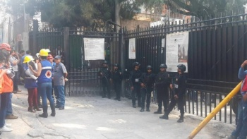 Derrumbe de una barda, deja un muerto y un herido en Álvaro Obregón