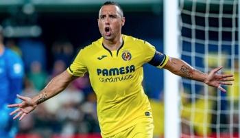 Con Lainez en el campo, el Betis cae goleado ante el Villarreal