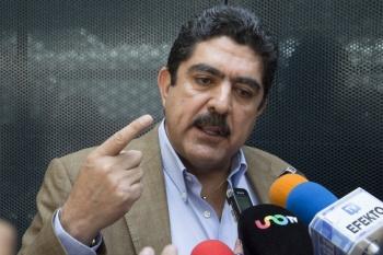 Manuel Espino renuncia en Naucalpan y se integra al equipo de AMLO