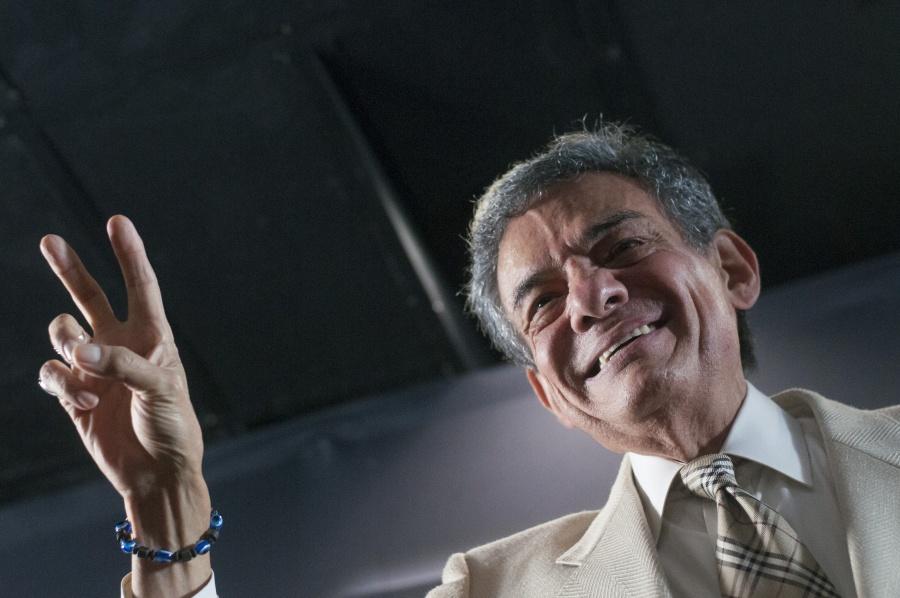 Recordarán a José José con karaoke en la Alameda Central