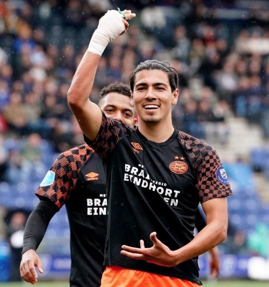 Erick Gutiérrez anota en el triunfo del PSV